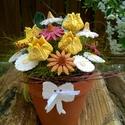 A Sárga Tündöklése Kerámia Virág Kompozíció , Dekoráció, Otthon, lakberendezés, Dísz, Kaspó, virágtartó, váza, korsó, cserép, Kerámia, Virágkötés, Frissen égett üde tulipánok!  Aprólékos kézi munkával fehér agyagból készült mázas kerámia virágok ..., Meska