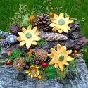 Sárga Kerámia Virágos Asztaldísz, Dekoráció, Otthon, lakberendezés, Kaspó, virágtartó, váza, korsó, cserép, Kerámia, Virágkötés, Fehér agyagból aprólékos kézi munkával készítettem ezeket a mázas kerámia virágokat melyeket kis bá..., Meska