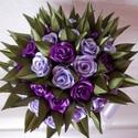 Lila rózsacsokor, Esküvő, Dekoráció, Esküvői csokor, Esküvői dekoráció, Mindenmás, Virágkötés, Selyem szalagból készült rózsacsokor. Magasság 23cm, Körméret 42cm, szárhossz 11cm, szár körméret 1..., Meska