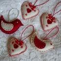 Szerelmes madárpár, Dekoráció, Varrás, Igazán mutatós gyapjúfilcből készült madárkák. Fehér, és piros alapszínnel készültek, vatelinnel le..., Meska