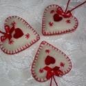 Vidéki romantika szett, Dekoráció, Varrás, Igazi vidéki otthon hangulatát idézi ez a piros-fehér szín összeállítású gyapjúfilcből készült szív..., Meska