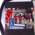 London táska-AKCIÓ!!Részletek boltom oldalán!!, Táska, Baba-mama-gyerek, Ruha, divat, cipő, Válltáska, oldaltáska, Varrás, Igazi vagány,trendi táska született.Erős,strapabíró,A/4es könyvek,füzetek elférnek benne.Bélése vás..., Meska