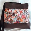 Romantikus táska-oldaltáska, Baba-mama-gyerek, Táska, Válltáska, oldaltáska, Varrás, Csodás amerikai pamutvászon betéttel díszitettem ezt a táskát.Erős,strapabíró,jó tartású,amit a bel..., Meska