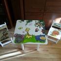 Állatos Asztal és szék, Bútor, Baba-mama-gyerek, Asztal, Gyerekszoba, Famegmunkálás, Festészet, Asztal és szék  Az aukció tárgya 1 db asztal és hozzá 2db szék Fenyő alapanyagból készült egyedi fe..., Meska