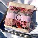 Gyöngyös, romantikus nyári táska, karköt?vel., Ruha, divat, cip?, Táska, Baba-mama-gyerek, Válltáska, oldaltáska, Varrás, Ékszerkészítés, Porcelánrózsaszín, halvány krém, virágmintás gyöngyös oldaltáska. Romantikus hangulatú, n?ies darab..., Meska