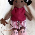 Hanna - pizsamás, alvós szerecsen baba, Játék, Baba, babaház, Játékfigura, Plüssállat, rongyjáték, Baba-és bábkészítés, Varrás, Textilből készült baba. Megtámasztva áll, ül, támasztás nélkül spárgát csinál. :)  Pihe-puha, öleln..., Meska