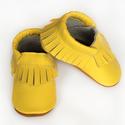 Bőr mokaszin - Citromsárga, Baba-mama-gyerek, Ruha, divat, cipő, Gyerekruha, Baba (0-1év), Varrás, Teljesen bőr babacipő, mely ideális a járni tanuló babáknak, vagy nagyobb gyermekeknek.  15-26-os m..., Meska