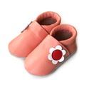 Bőr puhatalpú babacipő - Barackszínű, virágos, Baba-mama-gyerek, Ruha, divat, cipő, Gyerekruha, Baba (0-1év), Varrás, Teljesen bőr babacipő, mely ideális a járni tanuló babáknak, vagy nagyobb gyermekeknek.  15-26-os m..., Meska
