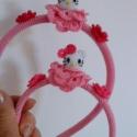 Hello Kitty hajpánt, Ékszer, óra, Ruha, divat, cipő, Hajbavaló, Hajpánt, Horgolás, Műayag hajpánt behorgolva,melyet virággal és egy Hello Kitty fejjel,gyönggyel díszítettem. Jó minős..., Meska