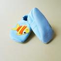 Puhatalpú bőrcipő, halacskás nyári (12 cm készleten), Baba-mama-gyerek, Ruha, divat, cipő, Baba-mama kellék, Cipő, papucs, Bőrművesség, Varrás, Puhabőrből készült ez a cipőcske, felső részét sárga halacska díszítni.Az alapszín világos kék, a h..., Meska