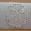 Nászajándék boríték - ajándékkísérő kártyával - szív domborminta - 20x10 cm , Esküvő, Naptár, képeslap, album, Nászajándék, Ajándékkísérő, Papírművészet, (Nézz körül Milevi boltomban is.)  Egyedi díszítéssel, fehér fényes scrapbook  kartonból készült bo..., Meska