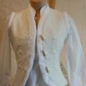 Puha fehér zsinóros mellény, Ruha, divat, cipő, Női ruha, Kabát, Varrás, Puha fehér kabátszövetből készült ez a különleges átmeneti mellény. Selyemmel béleltük, wellsoft cs..., Meska