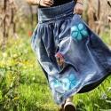 Origo farmer szoknya virágokkal , Ruha, divat, cipő, Női ruha, Szoknya, Hímzés, Eredeti kopott elasztikus farmer szoknya, hímzett eredeti a IngK -tol. Egyedi  darab!  Romantikus sz..., Meska