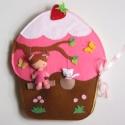 Óriás muffin játszókönyvecske-hasonló azonnal vihető!, Baba-mama-gyerek, Játék, Baba, babaház, Készségfejlesztő játék, Varrás, Mindenmás, A képen látotthoz nagy mértékben hasonló (egy-két gomb az, ami eltérő), részletgazdag óriás muffin ..., Meska