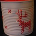 """""""Szánhúzók"""" - hímzett mécsestartó konzervdobozból, Otthon, lakberendezés, Dekoráció, Gyertya, mécses, gyertyatartó, Karácsonyi, adventi apróságok, Fémmegmunkálás, Hímzés, Egyszerű, letisztult és kedves megjelenés.  A termék alapanyaga konzervdoboz. Elkészítése során a fú..., Meska"""