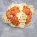Esküvői_selyemcsokor_2, Esküvő, Esküvői dekoráció, Esküvői csokor, Mindenmás, A selyem csokor narancssárga és a citromsárga organza rózsákból készült,melyet csillogó kövekkel ki..., Meska