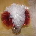 Esküvői selyemcsokor_4, Esküvő, Esküvői csokor, Esküvői dekoráció, Mindenmás,  A selyem csokor bordó és a fehér organza virágokból készült,csokrot fehér tüll ölel át. A csokor s..., Meska