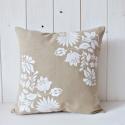 Virágos Díszpárna Huzat 35×35 -Bézs-Fehér