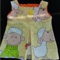 Divatos tunika báránykákkal, Ruha, divat, cipő, Gyerekruha, Kisgyerek (1-4 év), Varrás, Hol a harmadik bárány?  Könnyű, nyári viselet ez a tunika, mely bármilyen rövidnadrággal vagy térdn..., Meska