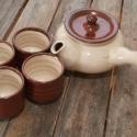 Japános teáskészlet, kiöntővel (bordó), Konyhafelszerelés, Otthon, lakberendezés, Kancsó , Bögre, csésze, Kerámia, Fehér, pöttyös agyagból készült, magastűzön (1200 fokon) tömörre égetett japános teáskészlet, 4 csé..., Meska