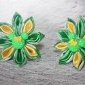 Zöld-sárga kanzashi virág zöld Minnie egér dísszel hajgumira erösítve, Ruha, divat, cipő, Hajbavaló, Hajcsat, Hajgumi, Ékszerkészítés, Zöld virágos pamut vászon anyagból és sárga szatén anyagból készített kanzashi virág zöld Minnie eg..., Meska