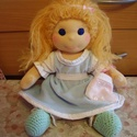 Waldorf jellegű öltöztetős gyapjúbaba (kisebb), Baba-mama-gyerek, Játék, Képzőművészet, Baba, babaház, Baba-és bábkészítés, Varrás, A baba, a waldorf babák mintájára készül természetes anyagokból.  Töltete gyapjú, haja gyapjúfonal ..., Meska