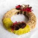 Őszi séta, Dekoráció, Virágkötés, Mindenmás, Aprólékos munkával készült 20 cm átmérőjű szalma koszorú, amely kizárólag természetes alapanyagok é..., Meska