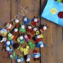25db-os Bogyó és Babóca ujjbáb készlet+táska - (480ft/db) filcbáb, ujjbáb, ujjbábok, Baba-mama-gyerek, Játék, Báb, Plüssállat, rongyjáték, Varrás, Dóri részére készítettem ezt a 25db-os Bogyó és Babóca ujjbáb készletet, játékpadot és táskát...de ..., Meska