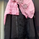 Nyár végi slágerek!- Csipkés fekete, Ruha, divat, cipő, Női ruha, Blúz, Foltberakás, Varrás, Aki imádja a feketét és a csipkét,annak ez a darab igazi kincs!  Fekete géz,női feslőre csipke rátét..., Meska