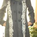 AKCIÓ!!! / Őszi slágerek-kabát szürkében, Ruha, divat, cipő, Magyar motívumokkal, Női ruha, Kabát, Foltberakás, Varrás, Novemberben minden kabát,kardigán  -500 Ft kedvezménnyel kapható!  Egyedi tervezésű, díszített kabá..., Meska