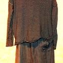 Elő a csíkokkal! / Kérj egy sálat !, Ruha, divat, cipő, Női ruha, Ruha, Felsőrész, póló, Festett tárgyak, Foltberakás, Ajándék géz sállal kérhető,tetszés szerinti színben (150x50),január végéig ! Szürke,koptatott színű..., Meska