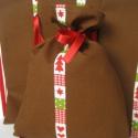 Ajándéktasak, zsák. Kakaó barna, karácsonyi natúr szalaggal. Karácsony, ünnep csomagolója., Karácsonyi, adventi apróságok, Ajándékzsák, Varrás, Ajándéktasak, zsák. Kakaó barna, karácsonyi natúr szalaggal. Piros szatén szalag megkötővel. Karács..., Meska