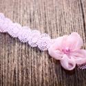 Rózsaszín hajpánt, Ruha, divat, cipő, Baba-mama-gyerek, Hajbavaló, Hajpánt, Varrás, Rózsaszín virág, rózsaszín gyönggyel a közepén. A különleges mintájú pánt 1,5 cm széles, rugalmas c..., Meska