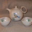 Teáskanna csészékkel, Otthon, lakberendezés, Konyhafelszerelés, Kancsó , Kerámia,  Magas tüzű ( 1240 fokon égetett)korongozott kerámia teáskanna két hozzá passzoló csészével.  Porce..., Meska