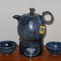Teáskanna készlet, Otthon, lakberendezés, Konyhafelszerelés, Kancsó , Kerámia,  Magas tüzű ( 1240 fokon égetett)korongozott kerámia teáskanna,2 csészével és melegítővel. Ha a kan..., Meska