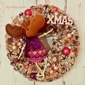 Bohókás vintage kopogtató-Ajtódísz rénszarvassal rózsaszín-szürke színösszeállításban, Dekoráció, Karácsonyi, adventi apróságok, Otthon, lakberendezés, Ünnepi dekoráció, Karácsonyi dekoráció, Virágkötés, Vintage vidáman? Naná! A szürke alapszín és az üde rózsaszín remek párosítás:) A koszorút sodrott v..., Meska