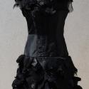 """Fekete galléros ruha - \""""pikkelyes\"""", Ruha, divat, cipő, Női ruha, Ruha, Estélyi ruha, Varrás, Alkalmi \""""kis fekete\"""" ruha. Gallérján és szoknya részén különböző anyagokból pikkely szerű díszíté..., Meska"""