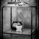Kovácsoltvas éjjeliszekrény , Bútor, Polc, Szekrény, Kovácsoltvas, Kovácsoltvas éjjeliszekrény  A szekrénykék felületének átlagos mérete : 35-40cm( szélesség) 20-25cm..., Meska