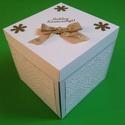 Karácsonyi meglepetés doboz arany díszítéssel, hópihékkel, Dekoráció, Karácsonyi, adventi apróságok, Ünnepi dekoráció, , Meska