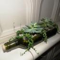 pozsgások üvegben, Dekoráció, Otthon, lakberendezés, Dísz, Kaspó, virágtartó, váza, korsó, cserép, Mindenmás, Beltéri pozsgásokat ültettem újrahasznosított, vágott oldalú, csiszolt, 28x6,5 cm-es olívaolajos üv..., Meska
