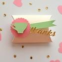 Alice Csodaországban díszdoboz köszönőajándék születésnap keresztelő babazsúr teadélután zöld rózsaszín, Baba-mama-gyerek, Dekoráció, Papírművészet, Alice Csodaországban doboz  Örvendeztesd meg ezzel a kedves és elegáns díszdobozzal szeretteidet sz..., Meska