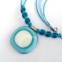 Kiárusítás! Türkiz-vajszín üvegékszer nyaklánc, Ékszer, óra, Medál, Nyaklánc, Kedvenc türkizkék üvegemből készült a medál, egyszerű, elegáns formában. A medál mérete 2,5 cm. A zs..., Meska