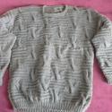 Grey férfi pulcsi, Ruha, divat, cipő, Férfi ruha, Kötés, 100% gyapjú fonalból kézzel kötött, írmintás férfi pulcsi. Hossza 72 cm, mellbőség 2 x 57 cm, váll+..., Meska