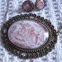 Ékszer szett Provence mintás üveglencsével, Ékszer, óra, Fülbevaló, Nyaklánc, Ékszerszett, A nyakláncot, nagy méretű antikolt bronz üveglencsés medál díszíti, amelybe jellegzetes provence-i m..., Meska