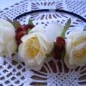 Ellenáll6atlan romantika - hajpánt, Ruha, divat, cipő, Hajbavaló, Hajpánt, Aprólékos munkával készült, az ősz színeit idéző csodás krém, narancs és rozsdabarna textil virágokk..., Meska