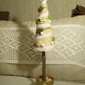 Fenyőfa - asztaldísz, dekoráció, Dekoráció, Karácsonyi, adventi apróságok, Otthon, lakberendezés, Karácsonyi dekoráció, Vintage és rusztikus stílust idéző fenyőfa dekoráció. Juta szalaggal, horgolt csipkével, gyapjú pomp..., Meska