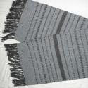 szövött padtakaró, Otthon, lakberendezés, Lakástextil, Szürke-fekete padtakaró, vagy futó, ki mire hasznája. 123 x 34 cm + 10 cm rojt, gyapjú- pamut-m..., Meska