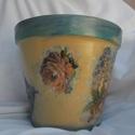 NAGY RÓZSÁS, HORTENZIÁS KASPÓ , Dekoráció, Otthon, lakberendezés, Dísz, Kaspó, virágtartó, váza, korsó, cserép, Decoupage, szalvétatechnika, Óriás virágcserépből készítettem ezt a kaspót. Rózsa és hortenzia díszíti, a kék szín árnyalatai do..., Meska