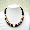 Otelló Lanka nyaklánc , Ékszer, óra, Nyaklánc, Ékszerkészítés, Rövid állású,  meleg barna színárnyalatokkal selyemfonalból készült nyaklánc, arany   szerelékkel. ..., Meska