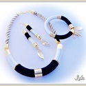 Jin-jang Lanka ékszerszett  , Ékszer, óra, Ékszerszett, Ékszerkészítés,  Fekete - fehér nyakékarany, vagy ezüst szerelékkel , hozzá azonos szín? karperec és hosszú fülbeva..., Meska